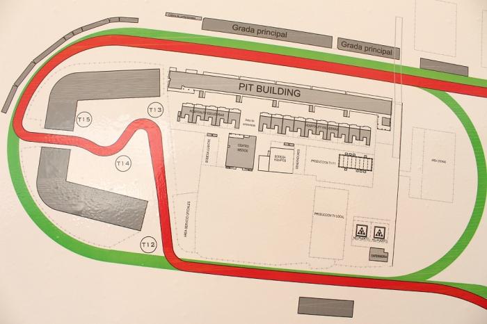 Área de paddock, pits y Centro de Medios. Foto: Infopits.