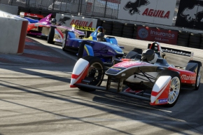 Bird logra valioso triunfo en FIA Fórmula E, enArgentina